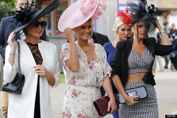m-JESSICA-WRIGHT-LUCY-MECKLENBURGH-620x413c
