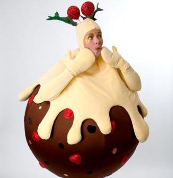 Xmas-Pudding-Roller-SkatingCUT